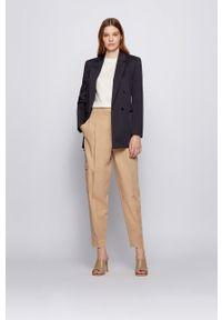 BOSS - Boss - Sweter. Okazja: na co dzień. Kolor: beżowy. Materiał: dzianina. Długość rękawa: długi rękaw. Długość: długie. Styl: casual