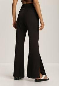 Renee - Czarne Spodnie Chelvere. Kolor: czarny