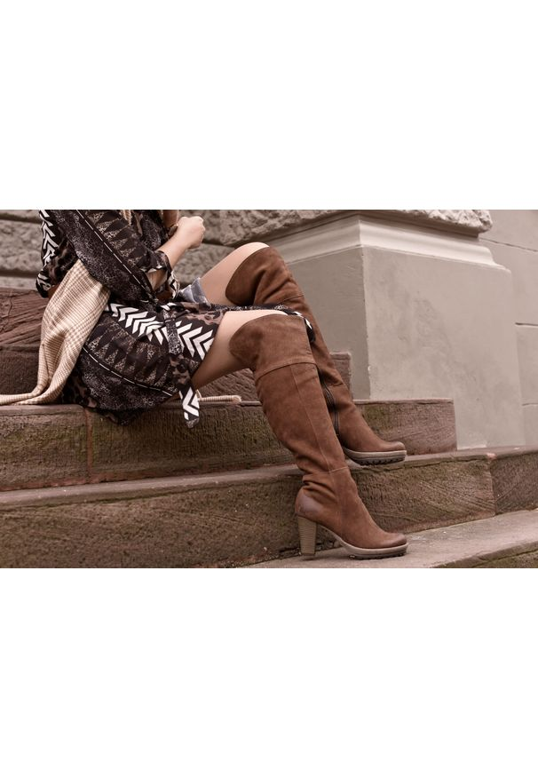 Brązowe kozaki Zapato na randkę, klasyczne, z cholewką, na zimę