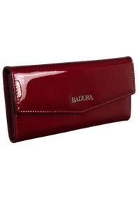 Portfel damski Badura B-43877P-SBR czerwony. Kolor: czerwony. Materiał: skóra. Wzór: aplikacja