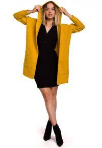 MOE - Kardigan oversize z obszernym kapturem wąskie rękawy żółty. Kolor: żółty. Materiał: wełna, poliester. Wzór: ze splotem