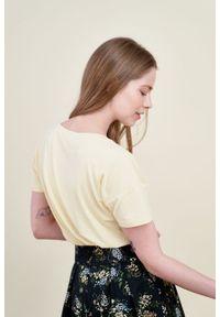 Marie Zélie - Bluzka Silvia bananowa mikromodal. Kolor: żółty. Materiał: włókno, elastan, wiskoza, skóra, dzianina. Długość: krótkie
