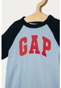 Niebieski t-shirt GAP na co dzień, z nadrukiem, casualowy