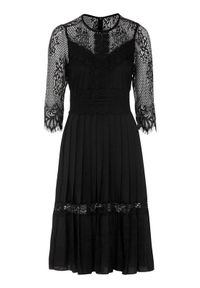 Czarna sukienka Happy Holly plisowana, w koronkowe wzory
