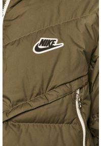 Oliwkowa kurtka Nike Sportswear na co dzień, z kapturem, casualowa