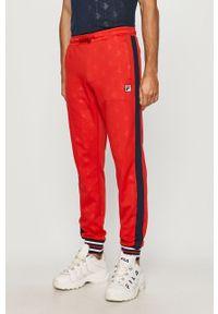Czerwone spodnie dresowe Fila z aplikacjami