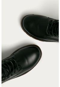 Czarne botki Answear Lab z cholewką, wakacyjne
