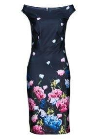 Sukienka z dekoltem carmen i nadrukiem bonprix ciemnoniebieski z nadrukiem. Typ kołnierza: typu carmen. Kolor: niebieski. Wzór: nadruk