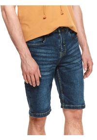 TOP SECRET - Szorty męskie gładkie. Kolor: niebieski. Materiał: jeans, tkanina. Wzór: gładki. Styl: wakacyjny, klasyczny