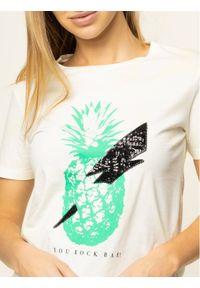 Guess T-Shirt Fruit W01I0L JA900 Żółty Regular Fit. Kolor: żółty