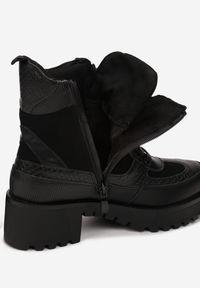 Czarne botki na obcasie Born2be