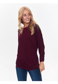 TOP SECRET - T-shirt długi rękaw damski gładki. Okazja: na co dzień. Kolor: czerwony. Materiał: dzianina. Długość rękawa: długi rękaw. Długość: długie. Wzór: gładki. Styl: casual