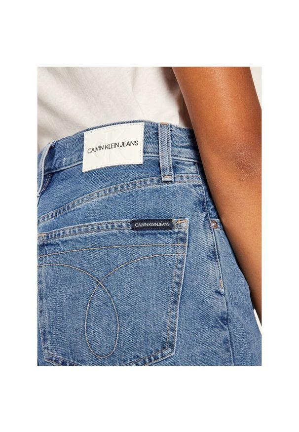 Niebieskie szorty jeansowe Calvin Klein Jeans