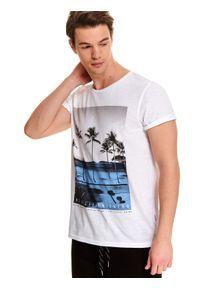 Biały t-shirt TOP SECRET z okrągłym kołnierzem, z nadrukiem, wakacyjny, krótki