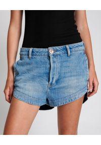 ONETEASPOON - Jeansowe szorty Outlaws. Stan: obniżony. Kolor: niebieski. Materiał: jeans. Wzór: aplikacja