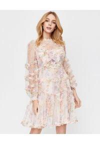 NEEDLE & THREAD - Różowa sukienka z falbanami. Okazja: na imprezę. Kolor: różowy, fioletowy, wielokolorowy. Materiał: tiul. Długość rękawa: długi rękaw. Wzór: kwiaty, kolorowy, nadruk, aplikacja. Styl: wizytowy