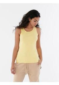 outhorn - Top w prążki damski - Outhorn. Materiał: prążkowany, bawełna, materiał. Długość rękawa: bez rękawów. Wzór: prążki
