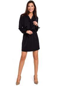 Czarna sukienka mini MOE