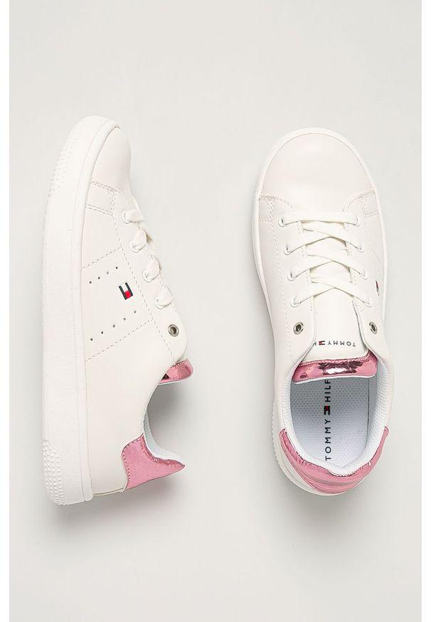 Różowe buty sportowe TOMMY HILFIGER na sznurówki, z okrągłym noskiem, z cholewką