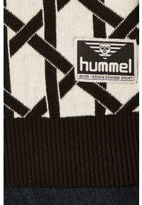Czarny sweter Hummel z okrągłym kołnierzem