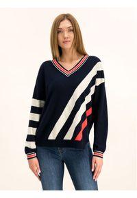 Niebieski sweter klasyczny Laurèl