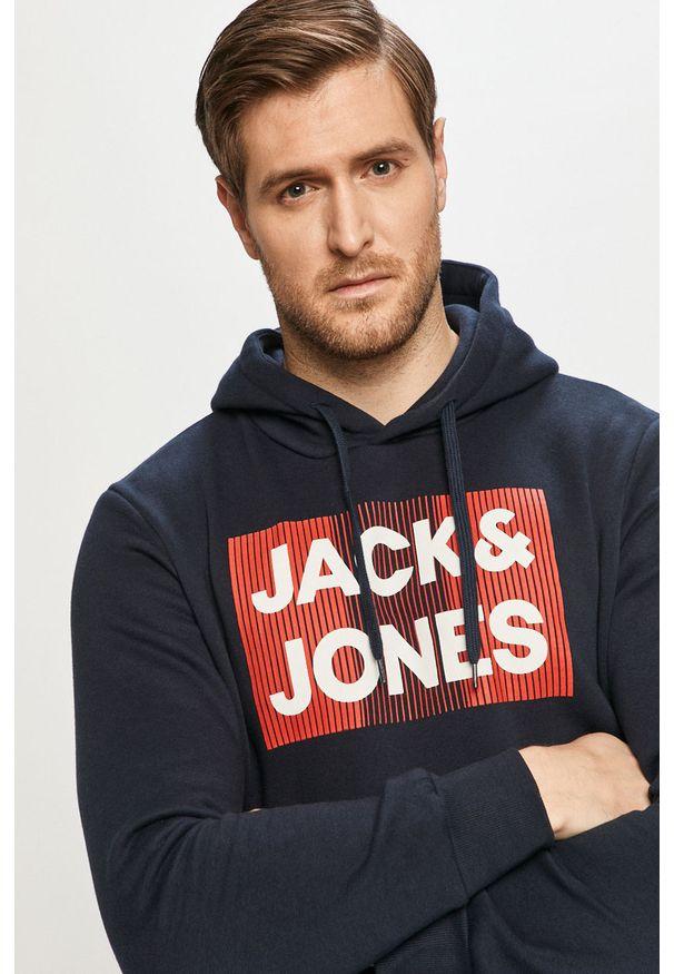 Niebieska bluza nierozpinana Jack & Jones na co dzień, z nadrukiem
