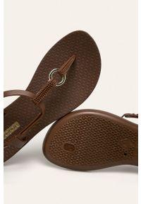 Brązowe sandały Ipanema bez obcasa
