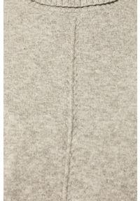Szary sweter Noisy may z golfem, długi, z długim rękawem