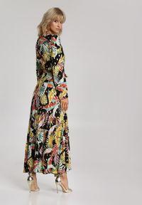 Renee - Czarna Sukienka Parreanes. Kolor: czarny. Materiał: materiał. Długość rękawa: długi rękaw. Wzór: aplikacja, nadruk. Długość: maxi