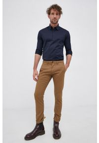 Eton - ETON - Koszula bawełniana. Typ kołnierza: kołnierzyk klasyczny. Kolor: niebieski. Materiał: bawełna. Długość rękawa: długi rękaw. Długość: długie. Styl: klasyczny