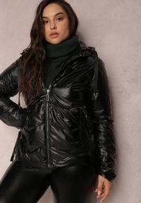 Renee - Czarna Kurtka Decumaria. Okazja: na co dzień. Kolekcja: plus size. Kolor: czarny. Materiał: tkanina. Styl: klasyczny, casual