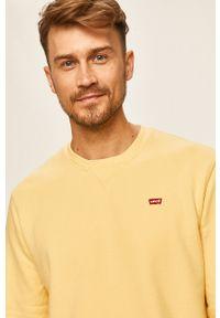 Levi's® - Levi's - Bluza. Okazja: na co dzień, na spotkanie biznesowe. Kolor: żółty. Materiał: dzianina. Wzór: gładki. Styl: casual, biznesowy