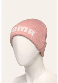 Różowa czapka Puma