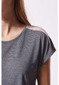 Etam - T-shirt piżamowy WARM DAY. Kolor: biały. Materiał: dzianina, koronka. Długość: krótkie