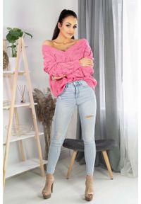 Merribel - Ażurowy Sweter z Dekoltem Kształcie Litery V - Różowy. Kolor: różowy. Materiał: akryl. Wzór: ażurowy