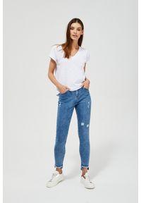 MOODO - Jeansy medium waist z przetarciami. Wzór: gładki