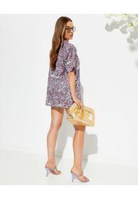 ROCOCO SAND - Fioletowa koszula na krótki rękaw. Kolor: różowy, wielokolorowy, fioletowy. Materiał: bawełna. Długość rękawa: krótki rękaw. Długość: krótkie. Wzór: kwiaty, aplikacja, nadruk