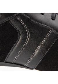Czarne sneakersy QUAZI z cholewką, na co dzień