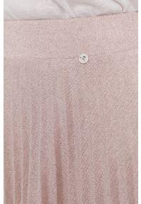 Nissa - NISSA - Spódnica. Kolor: różowy. Materiał: dzianina, materiał
