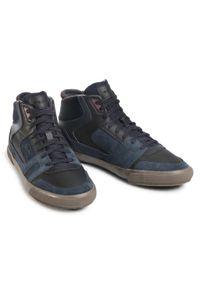 Niebieskie sneakersy Geox na co dzień, z cholewką