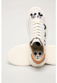 Białe sneakersy MOA Concept z okrągłym noskiem, na średnim obcasie