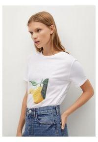 mango - Mango T-Shirt Psexotic 87047105 Biały Regular Fit. Kolor: biały