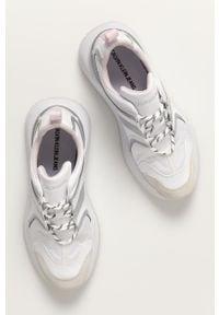 Białe sneakersy Calvin Klein Jeans z cholewką, na sznurówki, z okrągłym noskiem