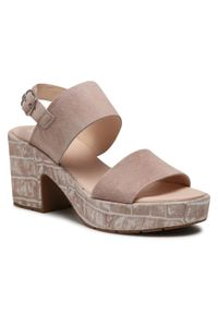 Różowe sandały Callaghan