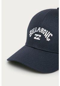 Niebieska czapka z daszkiem Billabong z nadrukiem