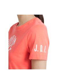 Koszulka damska Nike Sportswear DJ1816. Materiał: bawełna, materiał. Wzór: gładki