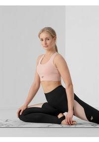 4f - Biustonosz do jogi z materiałów z recyklingu damski. Kolor: beżowy. Materiał: materiał. Rodzaj stanika: wyciągane miseczki. Sport: joga i pilates