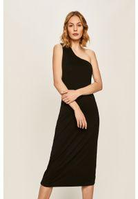 Czarna sukienka Answear Lab wakacyjna, na co dzień