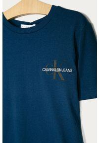 Niebieski t-shirt Calvin Klein Jeans casualowy, na co dzień