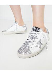 GOLDEN GOOSE - Brokatowe sneakersy Superstar. Kolor: biały. Materiał: bawełna, guma. Wzór: aplikacja